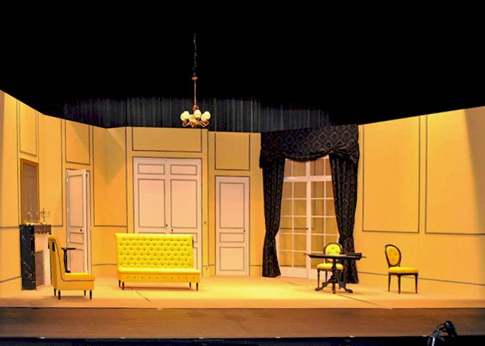 kat-slide-decor-scene-theatre